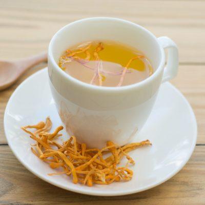đông trùng hạ thảo khô dùng để uống trà